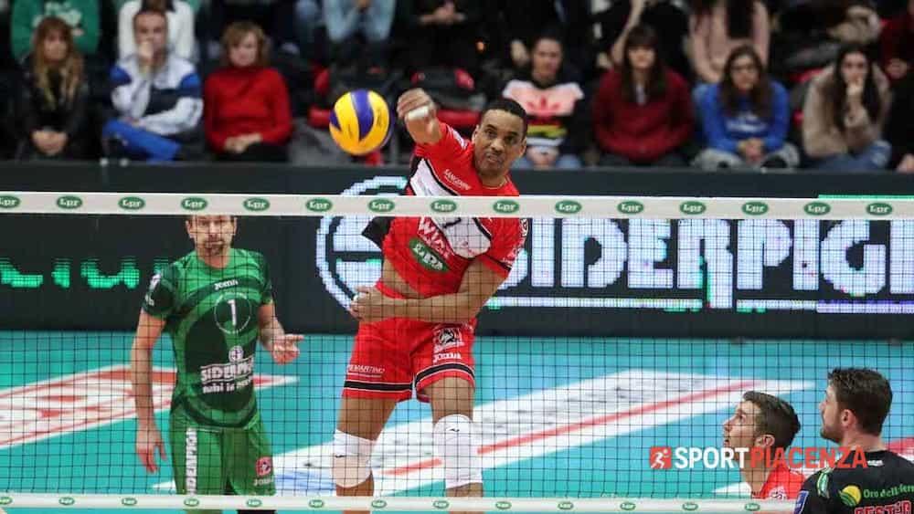 Marshall è ancora in campo in Turchia: «Ma pensare al volley è molto difficile»