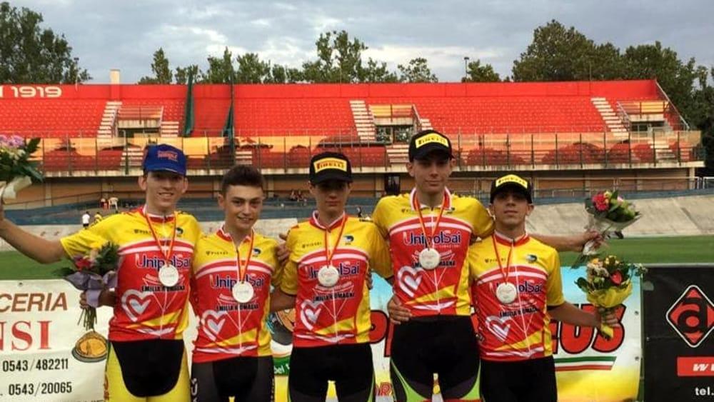 Ciclismo - I ragazzi del Velo Club Pontenure brillano ai Regionali su pista di Forlì