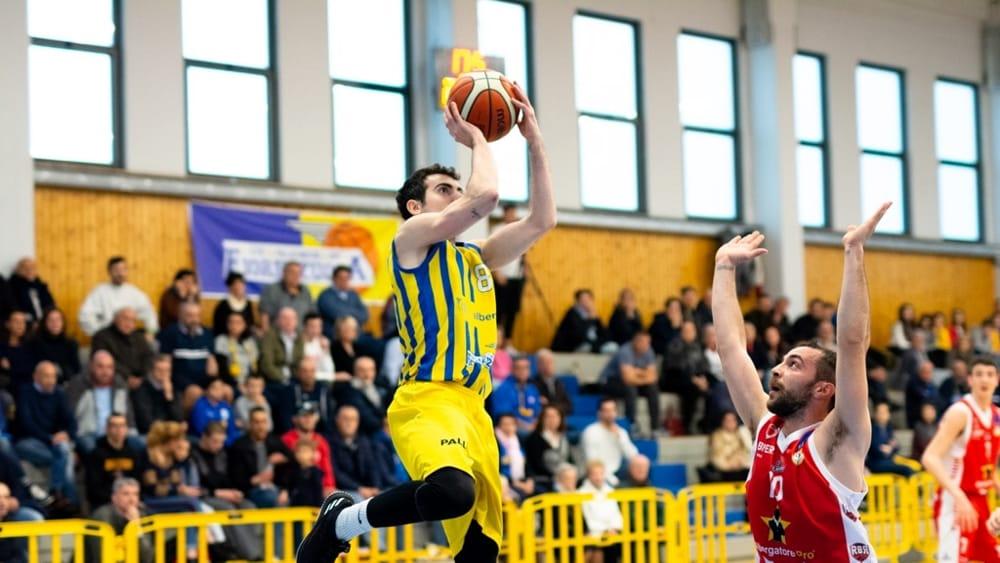 Basket C - Rimini vince di 1 punto Gara 2 e va in Finale, orgoglio Fiorenzuola