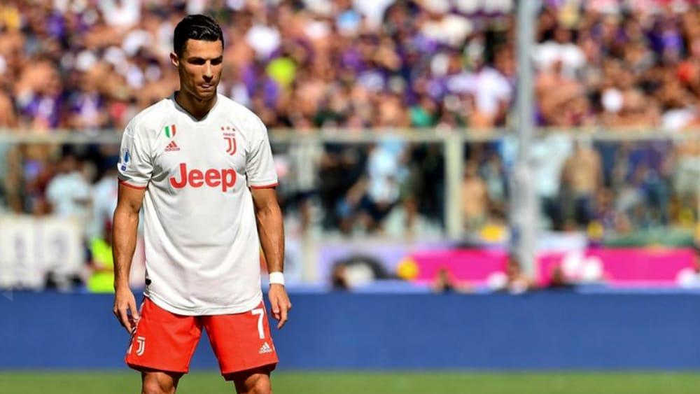 """La Juventus """"copia"""" la maglia del Piacenza. E per un pomeriggio CR7 difende i colori biancorossi"""