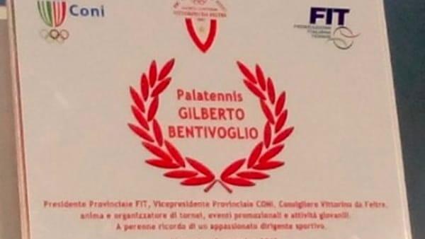 La targa dedicata a Gilberto Bentivoglio