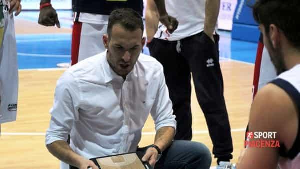 Ceccarelli: «Negli ultimi possessi gli Dei del basket ci hanno restituito qualcosa». VIDEO