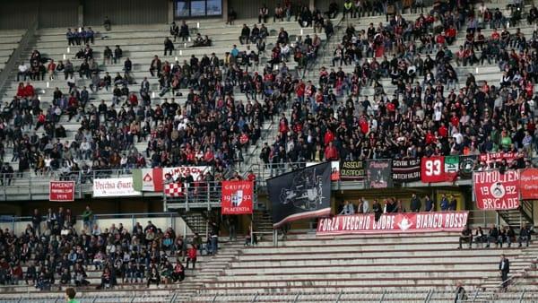 Piacenza-Pistoiese, i tifosi fanno festa cantando «Noi ci crediamo»